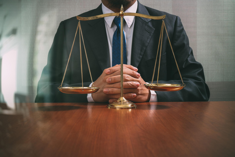 Закон правосудие в картинках